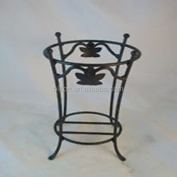 cast iron umbrella stands, cast iron umbrella stands suppliers and Wrought Iron Umbrella Base