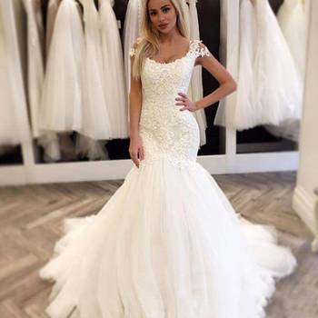 c91065d5df9 ZH3161G Modest Mermaid Wedding Dresses Cap Sleeve Scoop Neck Lace Tulle  Sweep Train New Design Bridal