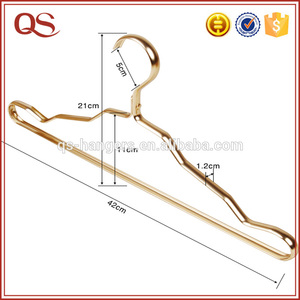 2018 New Deisgn Strong Rose Gold Cloth Metal Hanger For Home Use