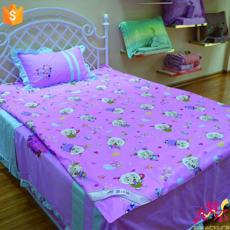 Wholesale carton design 100% Mulberry Silk Baby Quilt