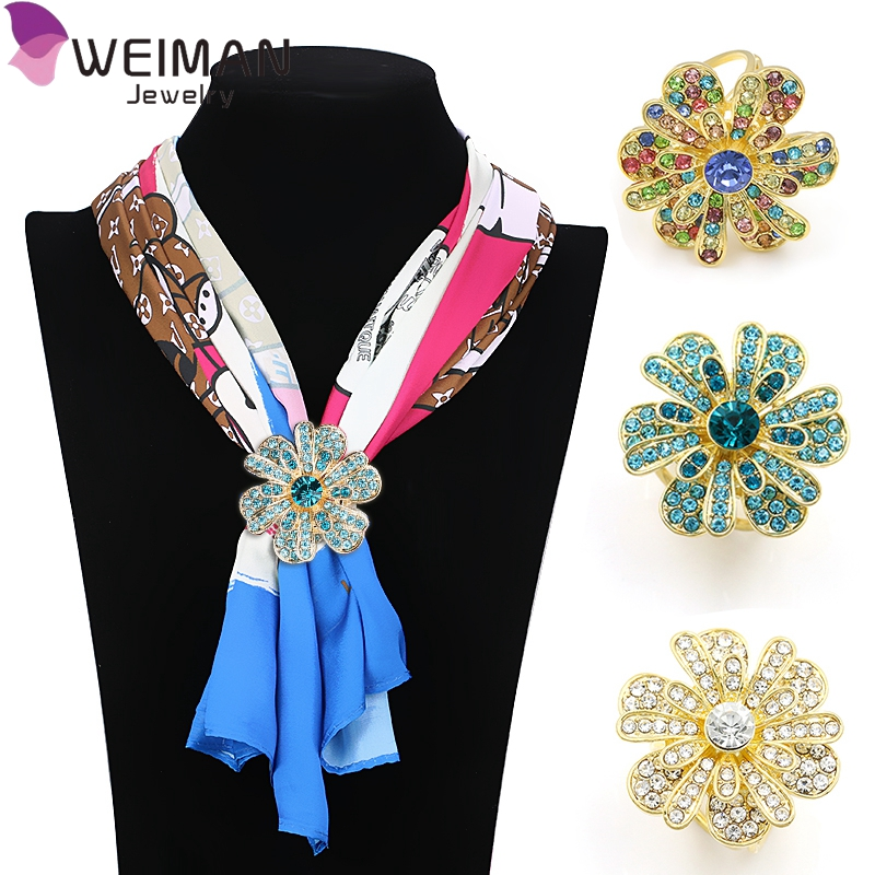 2017 Korean beautiful women brooch Rhinestone Imitation flower Scarf clips