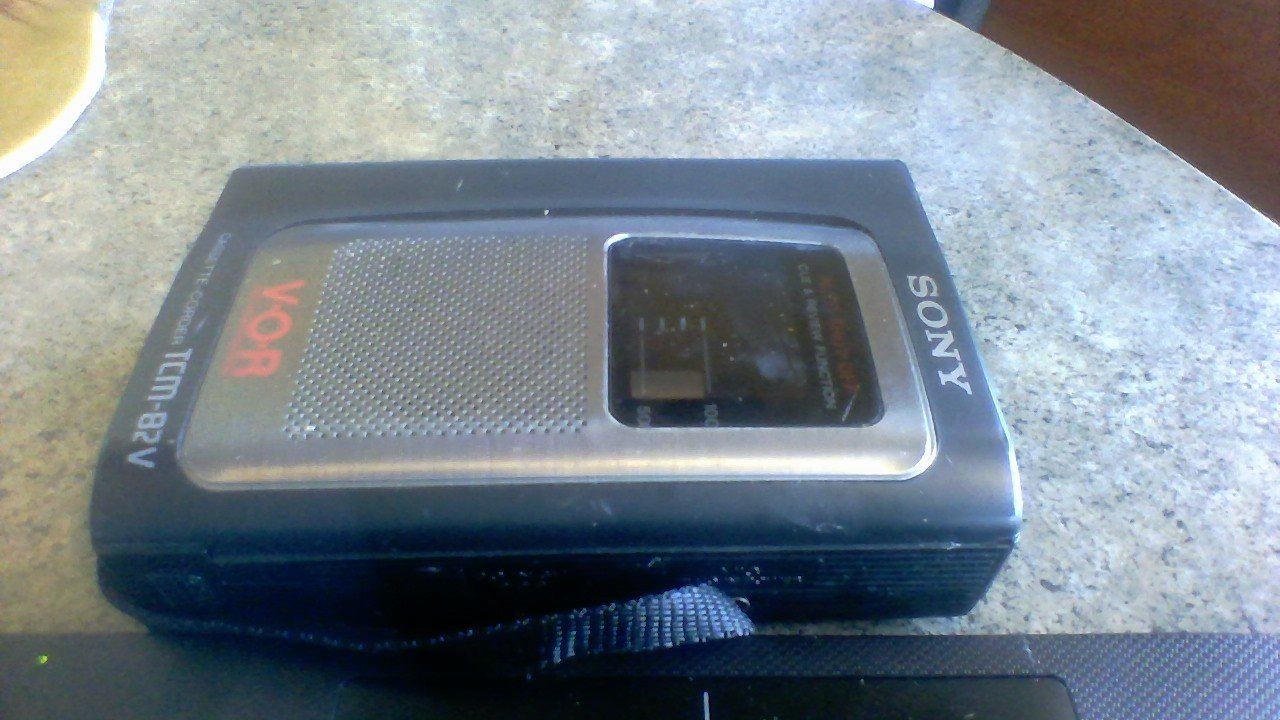 Sony Corp. Sony Cassette-corder Tcm-82v Cassette Tape Voice Memo Recorder---uses Regualr Size Standard Blank Audio Cassettes---auto Shut of Cue & Review Function----v-o-r Voice Operated Recording