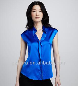 d9c26ab58a as mulheres amadurecem a blusa branca do cetim da luva curta azul das  senhoras