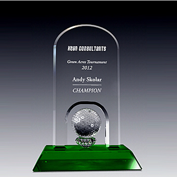 Round arch golf trophy with green base
