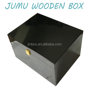 piano black lacquer finish wooden shoe accessories box