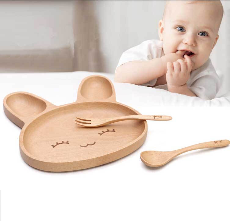 FSC Certificated Natural beech Wood Rabbit Dish Wooden Kid Animal Plate / Serving Food or Bakery