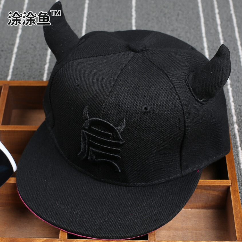 Drop shipping 2015 Kids Snapback Cartoon Embroidery Children Cotton Baseball Cap with Ox Baby Girls Snapback