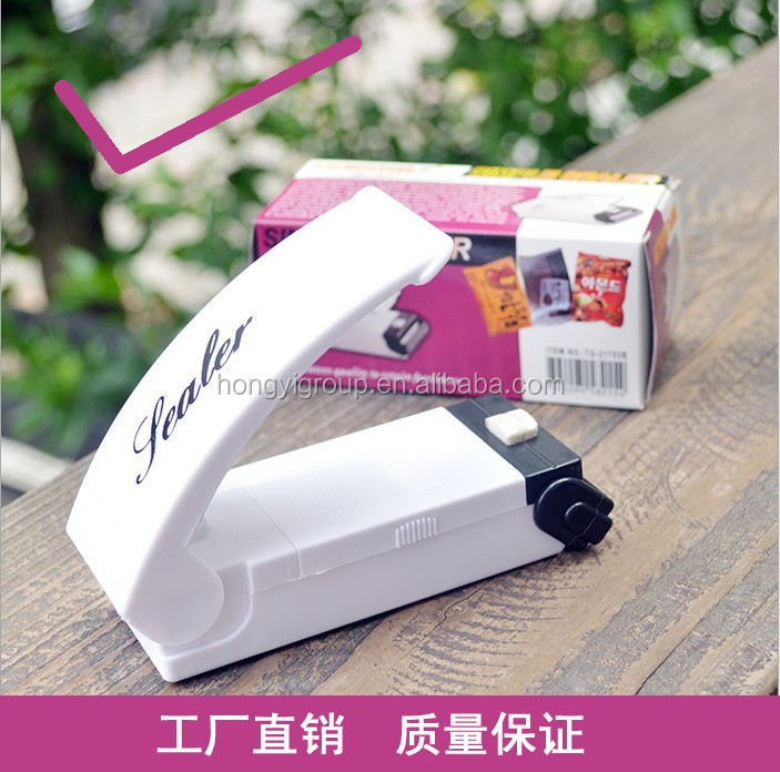 reseal save handy bag sealer.Hot sale fancy Reseal & Save Cordless Plastic Bag portable Heat Sealer