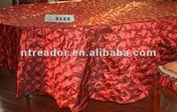 pinwheel pinched elastic taffeta tablecloths and runners and sashes