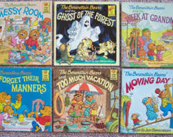 12 vintage halloween picture books ghosts pumpkins haunted house witches lot