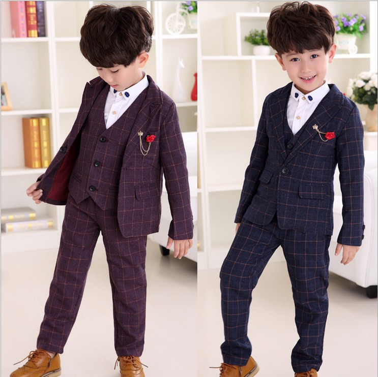 Kids World 5-piece suit Woven single-breasted jacket with contrast piping, notched lapels, silky lining, and flap pockets (% polyester; dry clean) Woven vest with contrast piping, welt pockets, and Boys Suit Charcoal Gray Toddler Kids Graduation Wedding Party Vest Tie Suit S. $