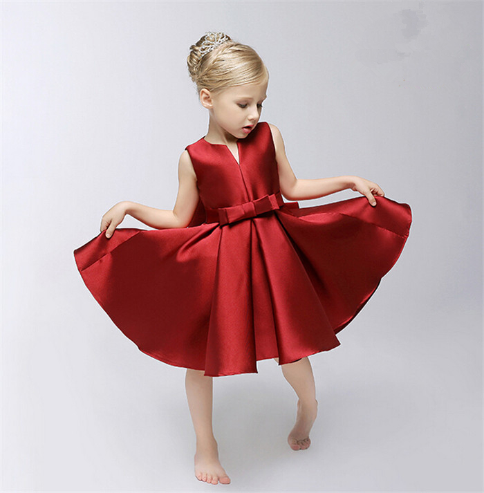 Shop Girls' Dresses at Macy's and find the latest styles for your little one today. Shop Macy's today for kids clothing that brightens up any look. Dress your mini-me in neat, tailored apparel for classic style. Rare Editions Big Girls Velvet Flocked Satin Dress.