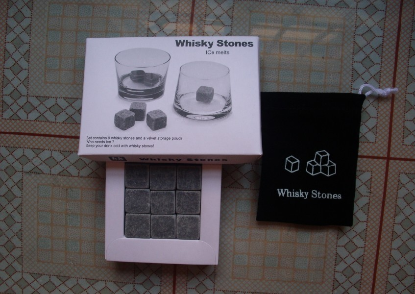 Hot Sale Wholesale Factory Price Whisky Stones 9 pcs/Set With Delicate Box + Velvet Bag Whiskey Stone Cube