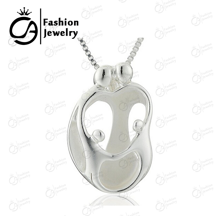 Fashion Jewelry Loving Family Parents With 2 Children ...