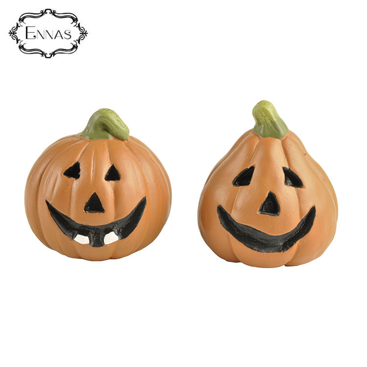 S/2 Pumpkin with Witch & Cat Pattern Resin Crafts