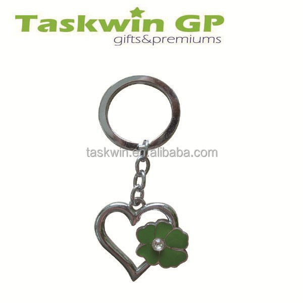 Cheap price custom heart shape keychain,love keychain