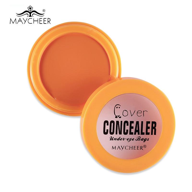 Eye concealer makeup