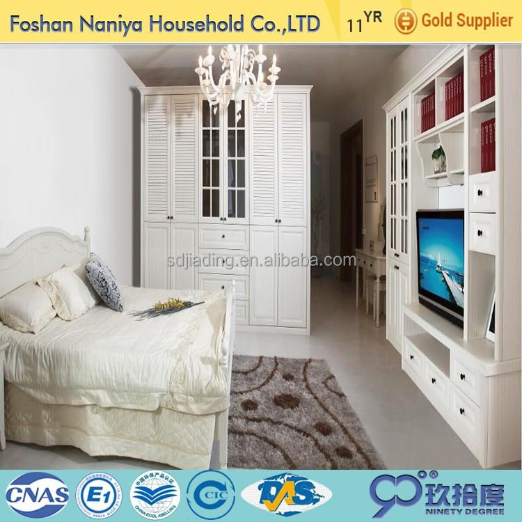 diseos dormitorio armario armario de madera con mueble tv