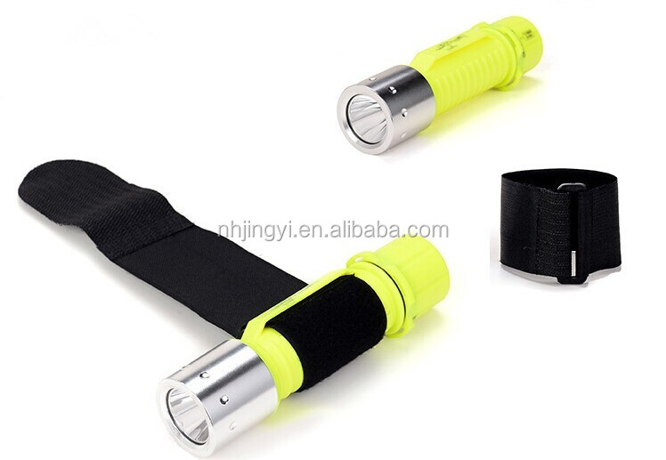 high bright use AA battery power waterproof IP68 T6 led diving torch