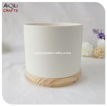 Unglazed White Ceramic Matt Candle Holders With Wood Lid