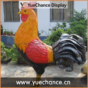 Garden Decorative Lively Resin Chicken Sculpture