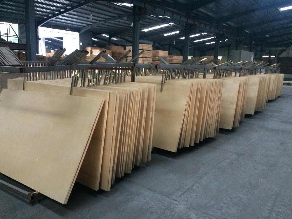 White Cross Band Plywood ~ Mm cross band birch veneer plywood prefinished uv