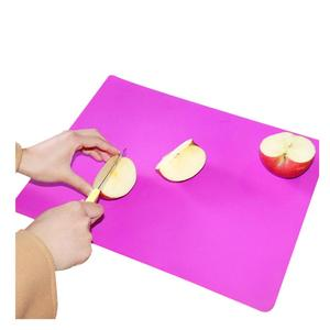 VARYAG LDPE Meet FDA Standard Anti-Bacterial Thin Unique Design Cutting Flexible Plastic Chopping Board