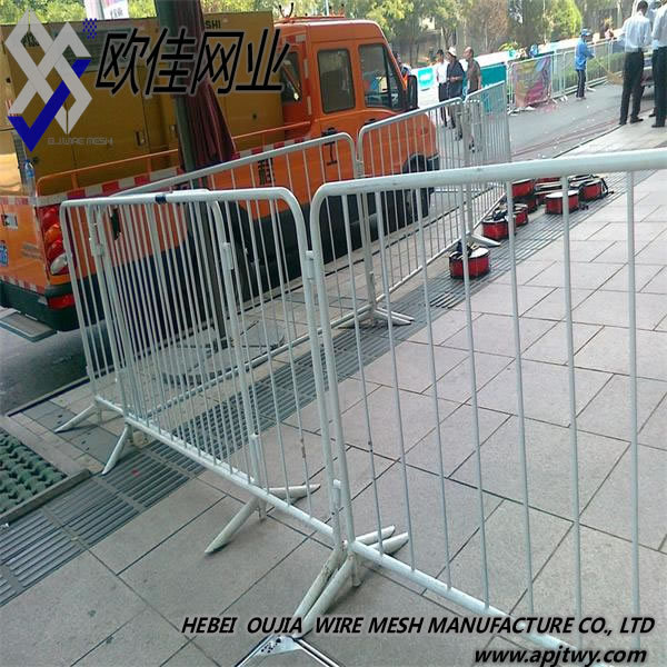 Steel Crowd Control Barriers/temporary Road Barrier/removable Fence - Buy  Crowd Control Barrier,Concert Crowd Control Barrier,Plastic Crowd Control