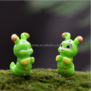 Custom Design 15*24mm Green Caterpillar 3D Mini Plastic Jewelry Animal Character Cartoon Kawaii Resin Figurine For Toys