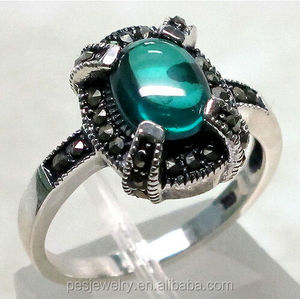 Charm Marcasite with Emerald white gold plated 925 sterling silver unusual rings