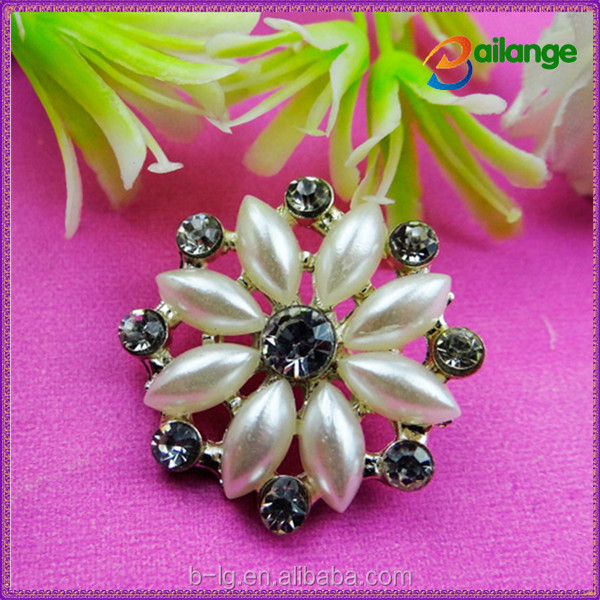 2015 newest shinning bailange custom rhinestone plating fashion alloy button for garment accessory