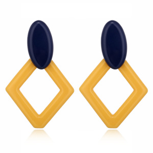 Hot Selling Square Drop Earrings Acrylic Acetate Rhombus Earrings Oval Hook Women Jewelry Earrings Acetie Acid