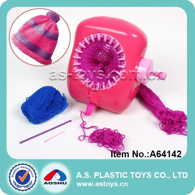 Funny girl plastic knitting machine easy knit wool toy