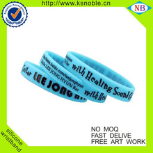 Manufacturer Fashion Personalized Cheap Custom Silicone Bracelets