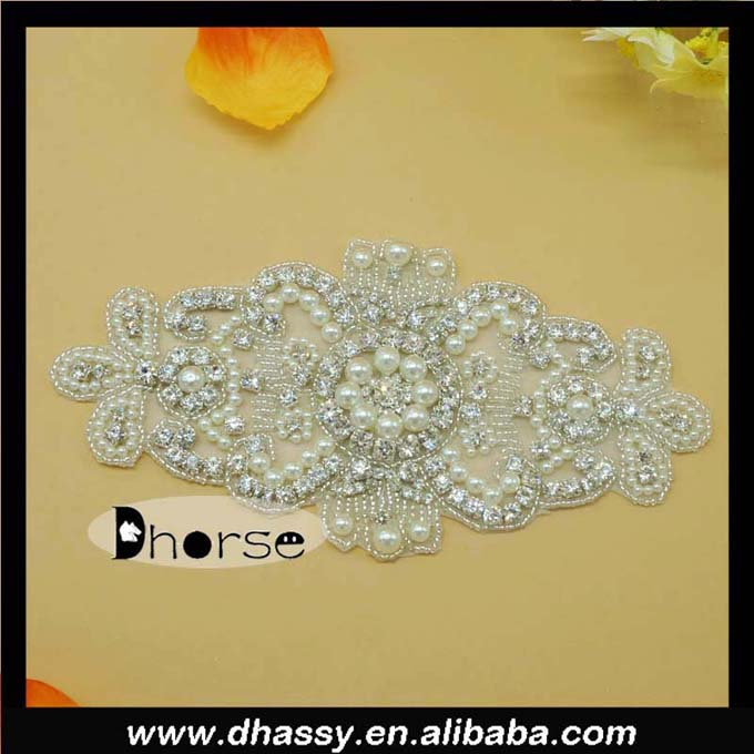 Vintage pearl beaded decorative bridal crystal rhinestone applique for sash DH856