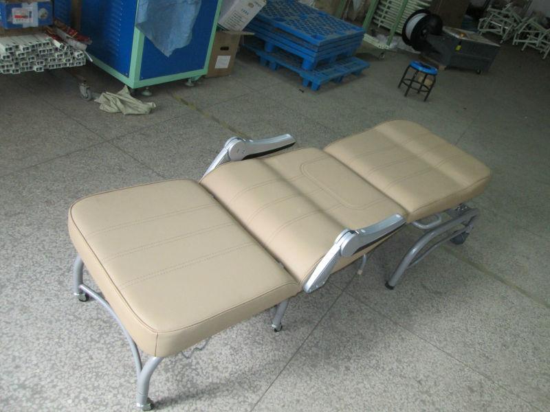 Bt Cn005 Three Section Hospital Folding Portable Sleeping