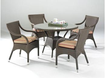 Kleine Ronde Eettafel : Kleine eettafel cool shiraz kleine set van stoelen met latjes