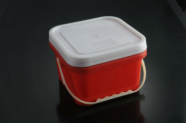 plastic square paint bucket