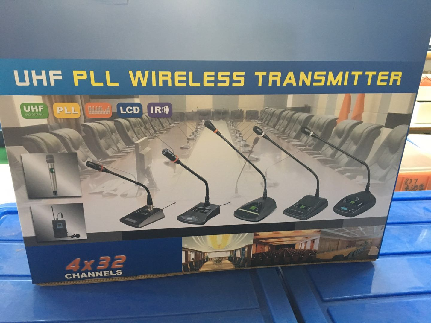 High standard gooseneck four channels wireless conference microphone