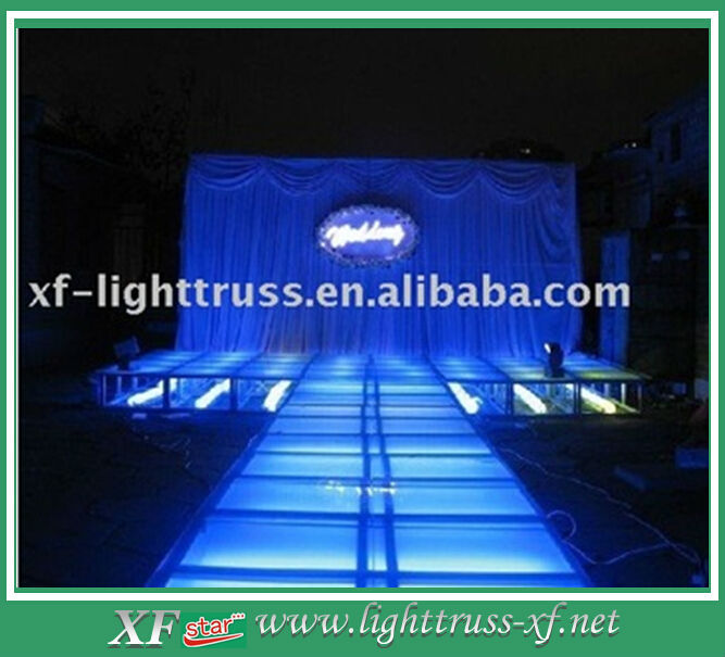 T-Shaped Glass Stage For Fashion Shows And Weddings