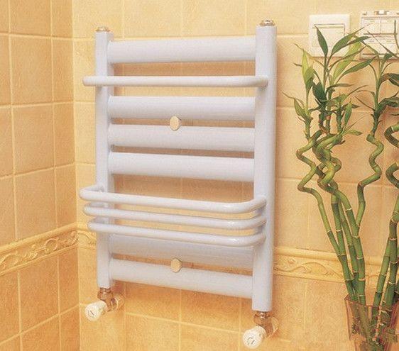 Salle de bain chauff serviette radiateurs d 39 eau chaude for Radiateur chauffe serviette salle de bain