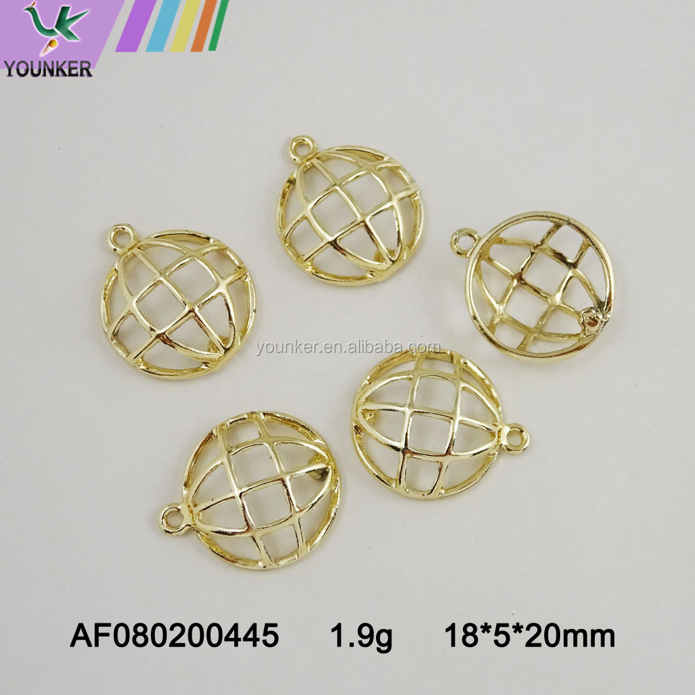 Wholesale Round zinc alloy Charms Pendants Jewelry accessory custom round metal pendant