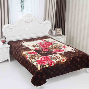 100% polyester Middle east style 200*240 embossed flower design raschel blanket for muslim