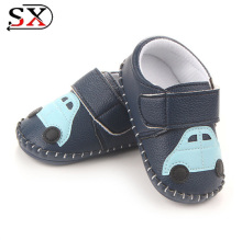 2018 cheap new design hand made children baby shoes made in china