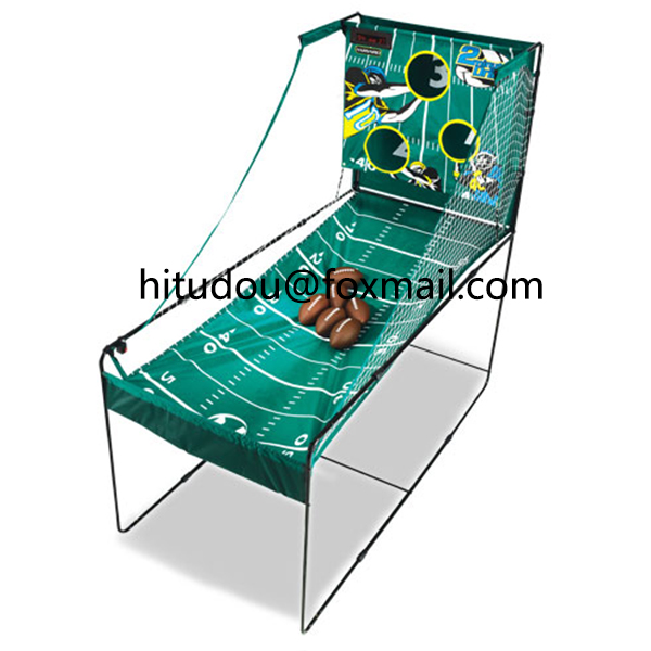 3 holes football toss game