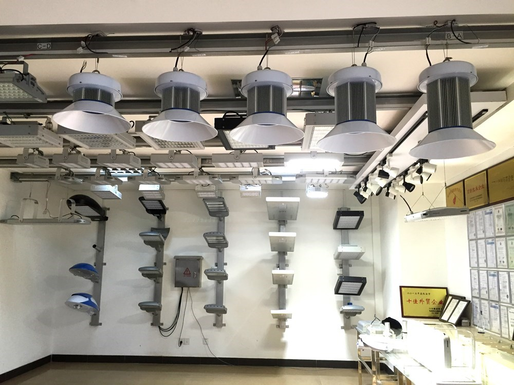 High Power Led Recessed Lighting 200w Canopy Led Lamp With ...