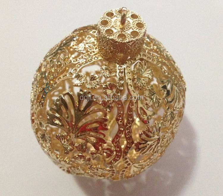 wide spread gold shinning hollow-out gorgeous glossy golden sheen decorative christmas balls