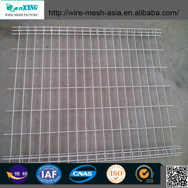 Electric fence net for poultry