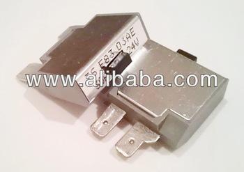 Blade style maxi type iii manual reset fuse circuit breaker buy blade style maxi type iii manual reset fuse circuit breaker publicscrutiny Choice Image