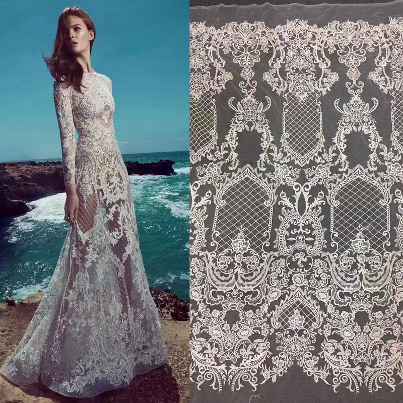 NW1210 Embrodery Carbone Lace Round Neck Long Sleeves Wedding Dress Bridal Gown